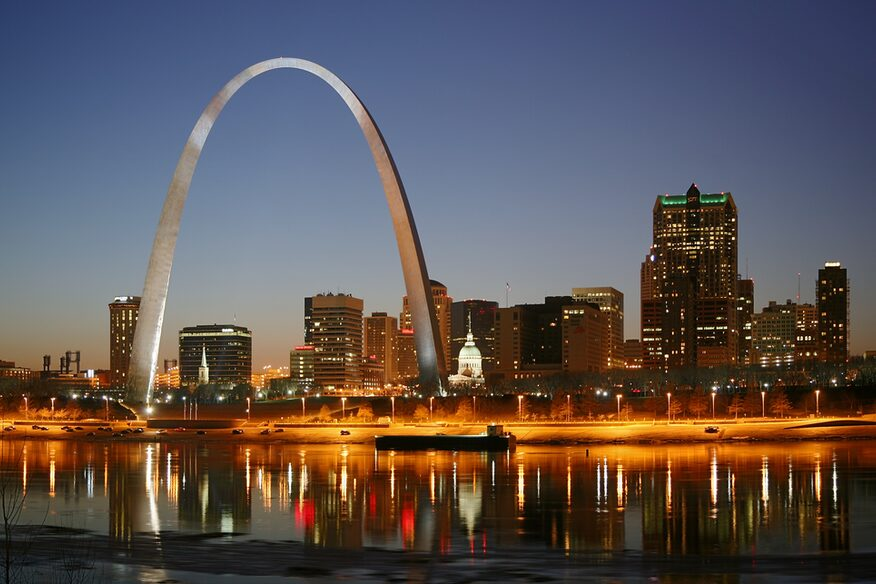 Skyline of St. Louis by night.